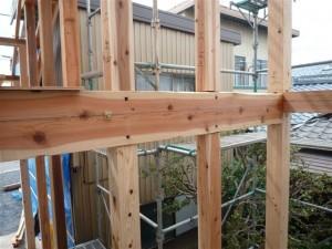 柱の長ホゾ栓差し工法